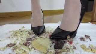 Food destruction in high heels