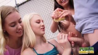 PublicHandjobs 太多的女孩会同时进行一次手淫吗?