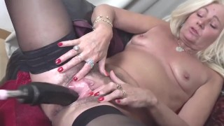 compilation hairy mature squirts from fucking machine creampie