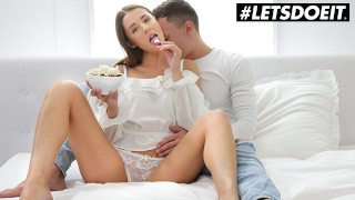 WhiteBoxxx – Lucky Man Gets Sex For Breakfast With Petite GF Sybil
