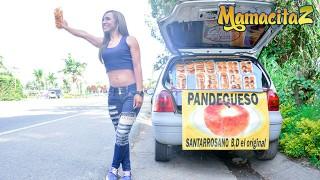 CarneDelMercado Adriana Betancur Latina Colombiana传播她的双腿和乱搞陌生人MAMACITAZ