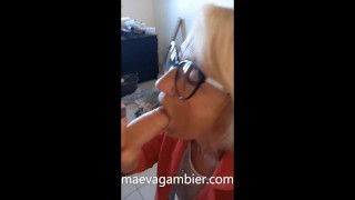 She gets fucked in the apartment under construction by a worker to rent it