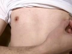 【日本人】敏感な乳首を弄び恥ずかしい喘ぎ声を上げながら感じる変態チクニー【#22】