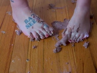 Crushing cupcakes with my bare feet - Cake between my toes