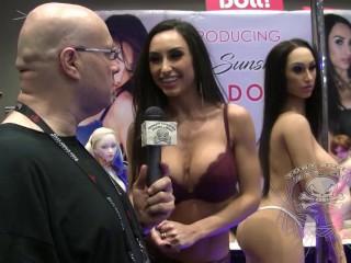 AVN Expo Report 2018 Reya Sunshine and her Sex Doll