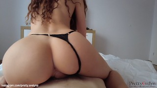 Amateur Reverse Cowgirl Pretty Evelyn Riding Roommate's Cock