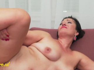 Cheating Housewife Jane Dark Anal Creampied By Her Personal Trainer