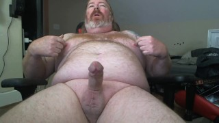Quick wank and thick cum