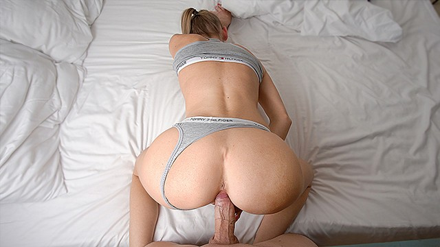 Fucked a Hot Babe and Cum on her Ass - LittleBerryy