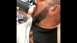 Porns - Hot Bearded Guy Fucking Pussy