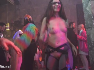 Jeny Smith's step-sister Merry goes to club shenaletube
