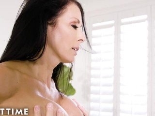 ADULT TIME – Reagan Foxx Likes Her Massages HARD!
