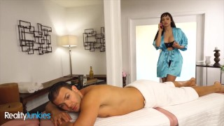 Reality Junkies Sexy Masseuse Lexi Luna Is Angry At Her Bf & Codey Steele Helps Her Relax
