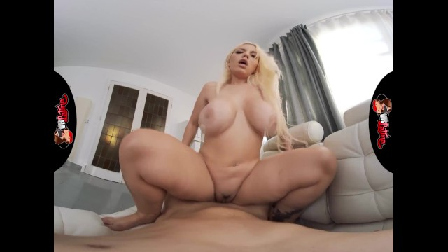 VRLatina - Curvy Blonde Latina Goddess Blonde Fesser Fucking
