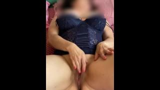 Godo a masturbarmi davanti a uomini che sanno ammirarmi
