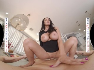 Naughty America – Forget about that paddle board Reagan Foxx wants to fuck you and satisfy her needs