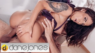 Dane Jones Sexy Spanish beauty Medusa fucked in the hallway because she is irresistible