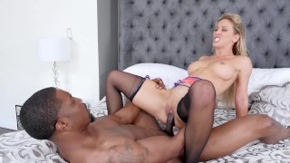 Bored Suburban Housewife Gets Black Dick Inside Her Juicy Pussy Every Thursday While Husband Is Away