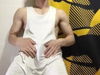 マッチョのオナニー(筋肉質)