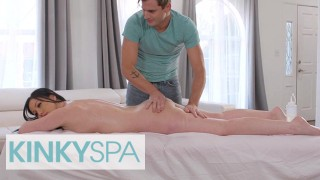 Kinky Spa Astonishing Jennifer White Gets A Full Body Massage With A Happy Ending By Her Employee