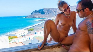 SCOPATA IN POSTO ABBANDONATO sul mare URBEX SEX