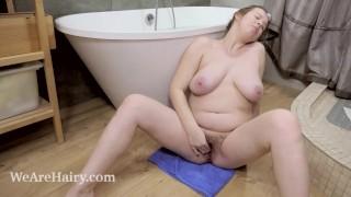Lina has masturbating fun in her bathroom today