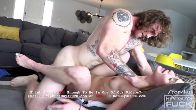 Teen PAWG Shows Sexy Southern Bodybuilder Dustin How She Rides Dick!