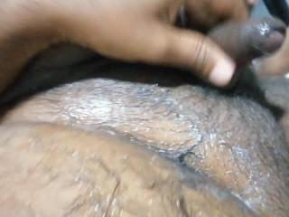 කෙල්ල පට්ට මෝල් වෙලා කොල්ලව ඉවරකරනවා wife gave super hard handjob & fuck his ass with his own cum