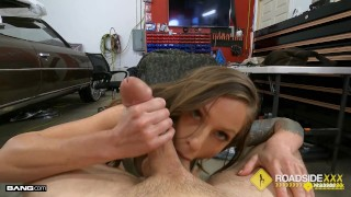 Roadside Tricia Oaks Bailing Out Her BF With Her Juciy Pussy