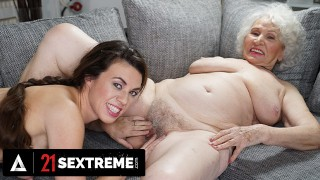 21 SEXTREME - Tiffany Doll Eats Out Her GILF Boss' Vintage Box For Her Retirement Gift